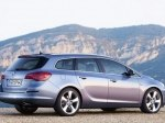фото Opel Astra J Sports Tourer №6