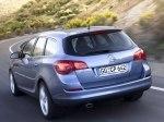 фото Opel Astra J Sports Tourer №9