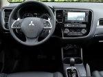 фото Mitsubishi Outlander №39