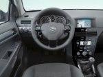 фото Opel Astra H Sedan №6