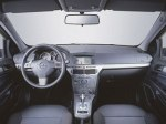 фото Opel Astra H Hatchback №5