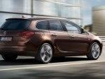 фото Opel Astra J Sports Tourer №4