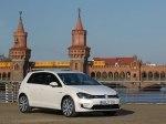фото Volkswagen Golf GTE №2
