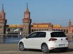 фото Volkswagen Golf GTE №4