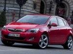 фото Opel Astra J Hatchback №10