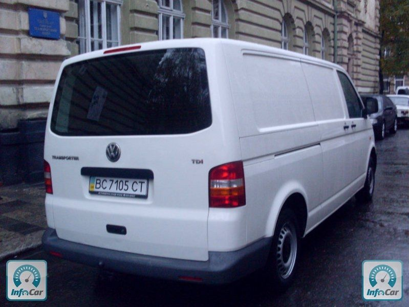 VOLKSWAGEN Transporter T5 LONG СВІЖИ…