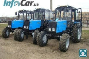 Трактор Беларус МТЗ 892.