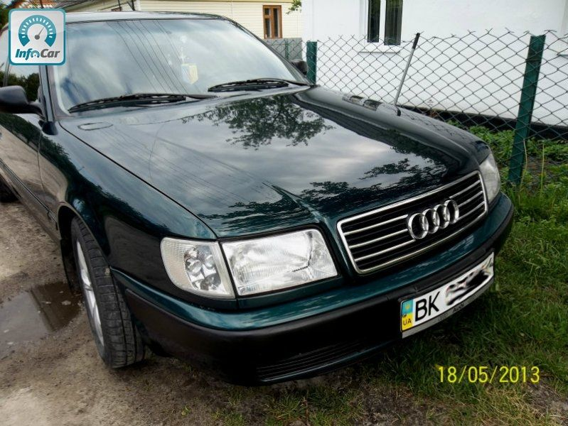 Частное объявление о продаже б.у. автомобиля Audi 100 C4 (зеленый