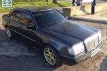 Mercedes E-Class 230 Luxx 1986 � �������