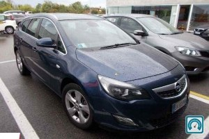 Opel Astra Cosmo 2011 №735418