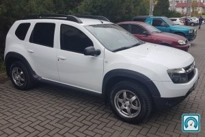 Renault Duster  2014 №736493