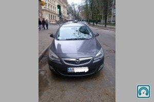 Opel Astra Sports Toure 2011 №743792
