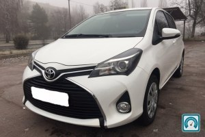 Toyota Yaris FULL 2015 №744123
