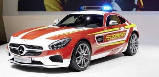 Пожарный автомобиль может разогнаться до 310 км/ч