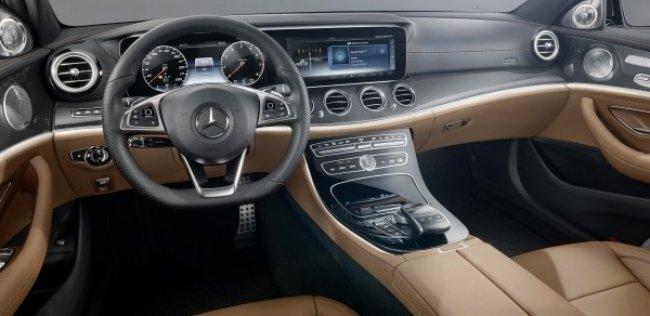 Mercedes-Benz показал интерьер нового E-Class