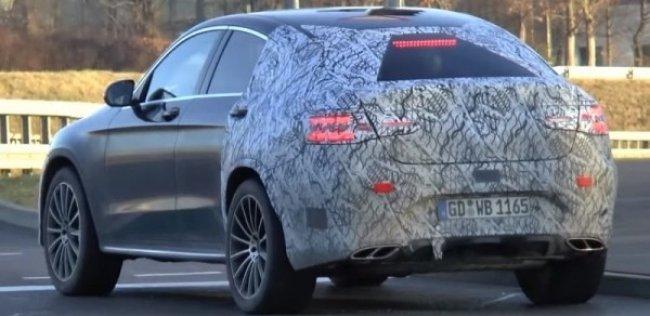 Прототип Mercedes-Benz GLC Coupe сняли на видео
