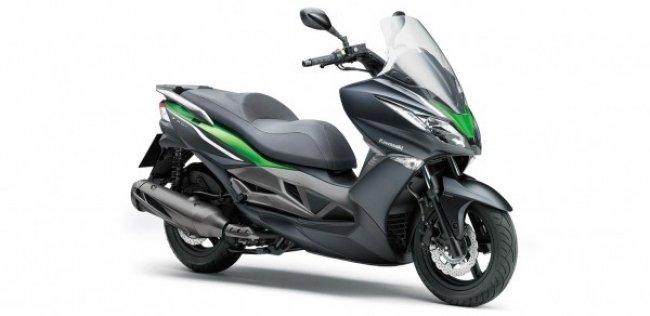 Kawasaki отзывает скутеры