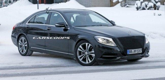 После обновления Mercedes S-Class получит систему полуавтономного управления