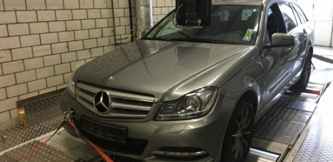 Daimler ������ �� ��������� ��� � ������������� ��������