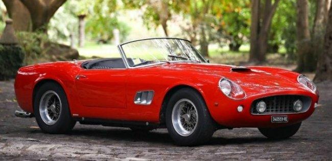 Ferrari �� ������ � ���� ����� ������� � 17 ��������� ��������