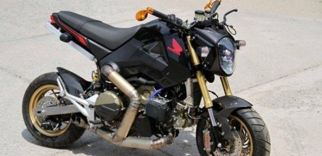 �������� Honda MSX � ������� Ducati 1199 Panigale R