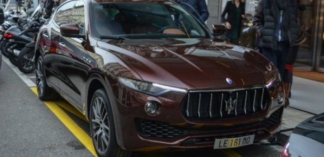 Новейший Maserati Levante засветился на женевских дорогах