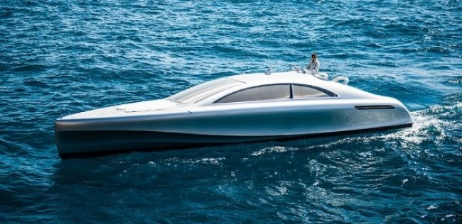 Mercedes-Benz представил 960-сильную моторную яхту