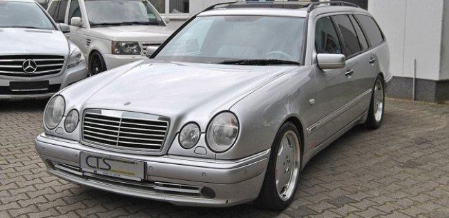 На продажу выставлен Mercedes E55 AMG легендарного Шумахера