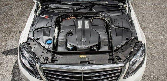 Qualcomm представил беспроводную зарядку для Mercedes-Benz S500e