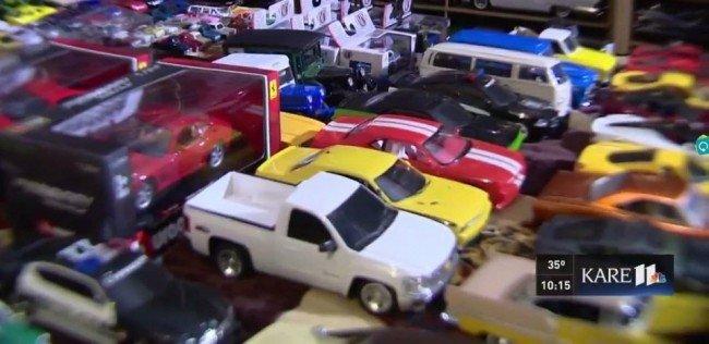 Авто - факт: американец подарил церкви 30 000 игрушечных автомобилей