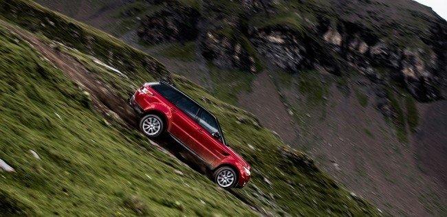 Экс-Стиг съехал с 15-километрового горнолыжного склона на Range Rover
