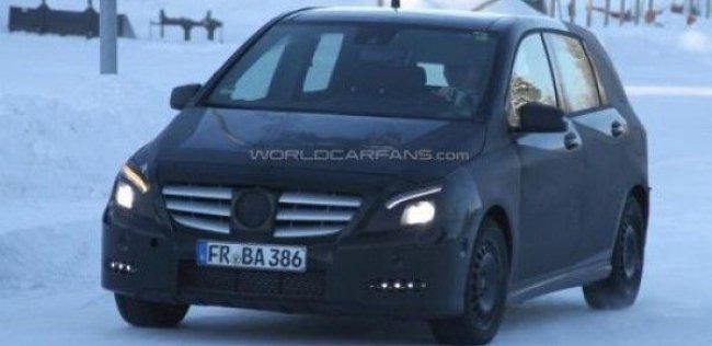 Mercedes обдумывает до трех новых вариантов A-Class