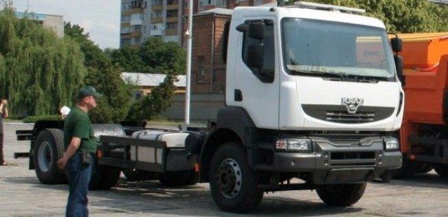 КрАЗ примерил кабину Renault