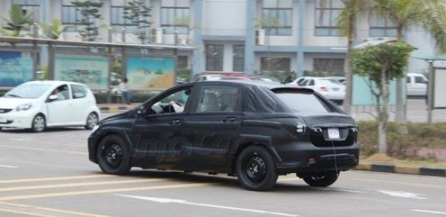 ЭКСКЛЮЗИВ! Шпионские фото электрокара BYD-Daimler
