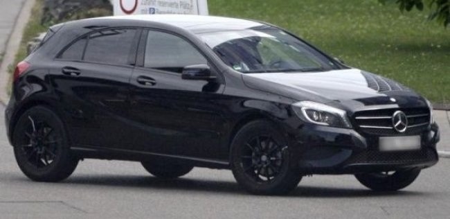 Mercedes вывел на тесты самый доступный кроссовер