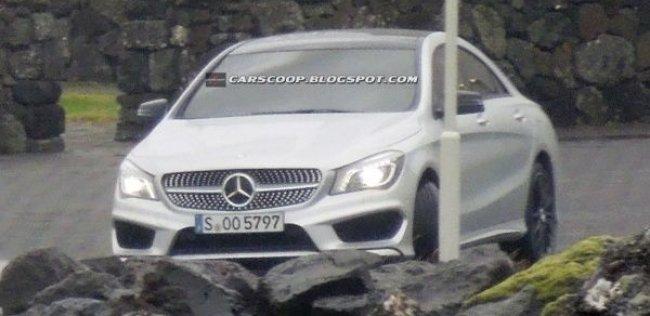 Закрытая фотосессия Mercedes-Benz CLA-класса прошла одновременно с неофициальной