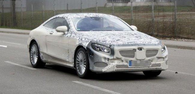 Mercedes S-Class в кузове купе заметили на тестах