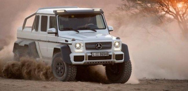 Шестиколесный Mercedes-Benz G-Class превратили в броневик