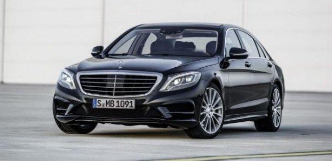 Флагманский седан Mercedes-Benz пришелся по вкусу потребителям