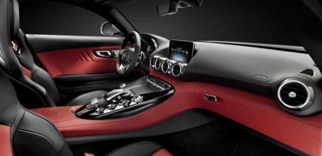 Mercedes-Benz показал интерьер преемника SLS AMG