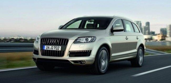 «Заряженный» Audi SQ7 появится в 2016 году