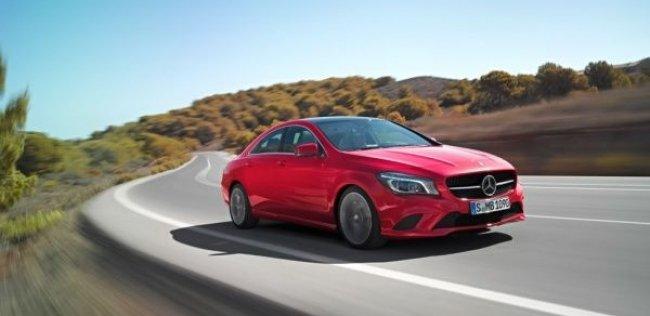 Mercedes добавил опций для CLA 2015 года