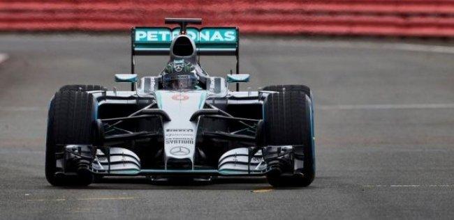 «Мерседес» показал новый болид Формулы-1