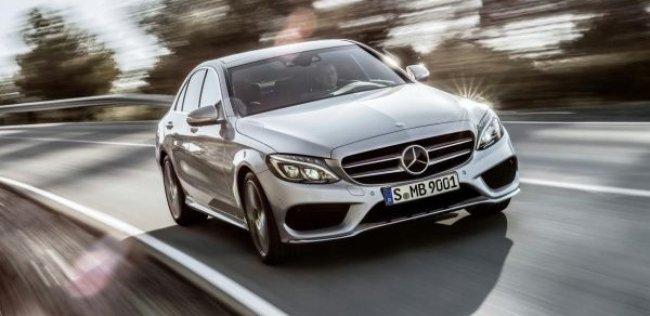Mercedes-Benz C-Class получит 70-сантиметровый дисплей в салоне