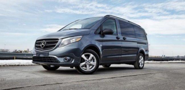 В США представили фургон Mercedes-Benz Metris