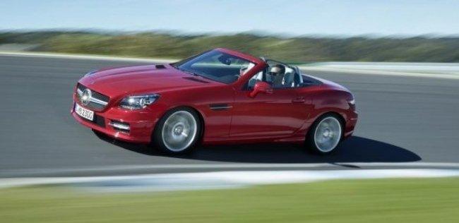 Mercedes-Benz SLK получил новые двигатели и трансимссию