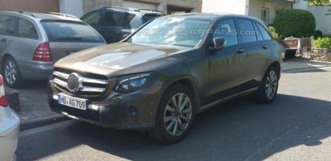 Mercedes-Benz GLC заметили почти без маскировки