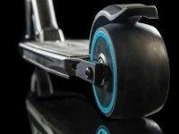 Компания Peugeot выпустила электрический самокат