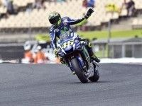 MotoGP: Гран-при Каталонии выиграл Росси