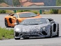 Lamborghini ������ �� ����� ����������� Aventador